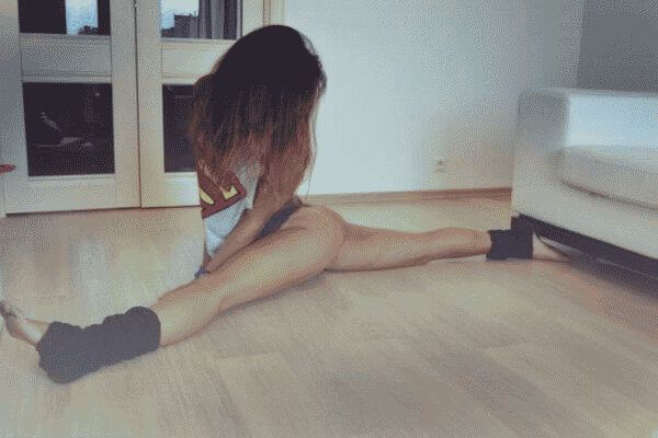 Как сесть на шпагат в домашних условиях