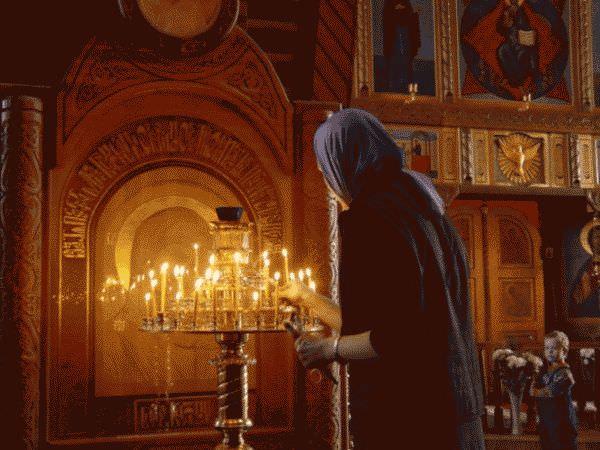 В чем можно ходить девушки в церкви