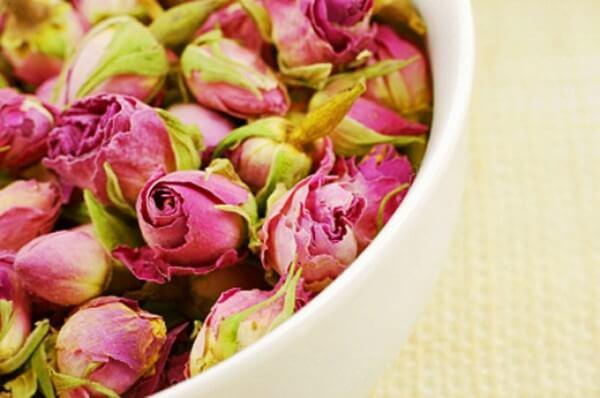 Как засушить розы