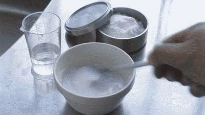 Лечение грибка ногтей содой
