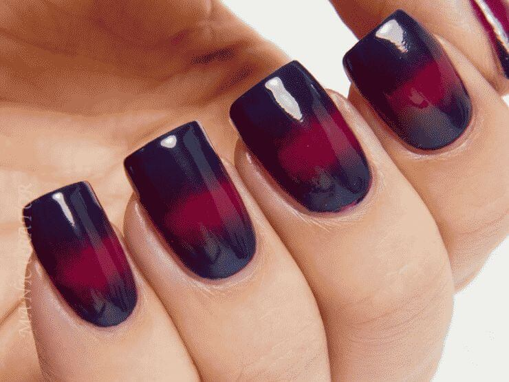 blue-and-red-moon-nail-art-4