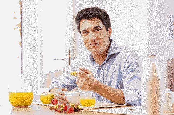 Как правильно питаться, чтобы убрать живот?