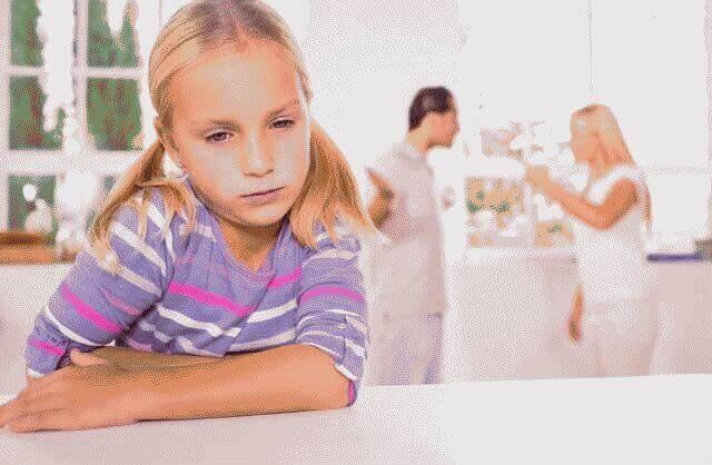 Как оформить развод, если есть несовершеннолетние дети?