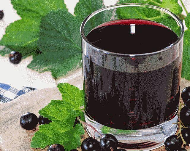 Сделать вино из смородины в домашних условиях
