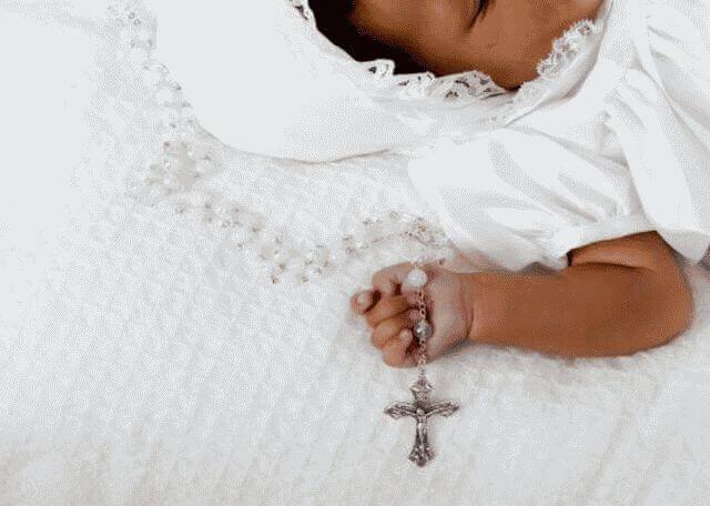 Что дарит крестная на крестины мальчику?