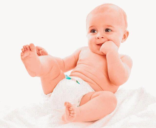 Новорожденный не может сходить по большому: что делать?