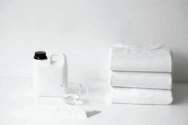 Как отбелить вещи в домашних условиях?
